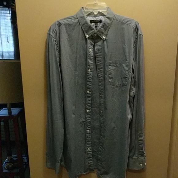 Banana Republic Other - Soft wash slim fit tall XL blue shirt